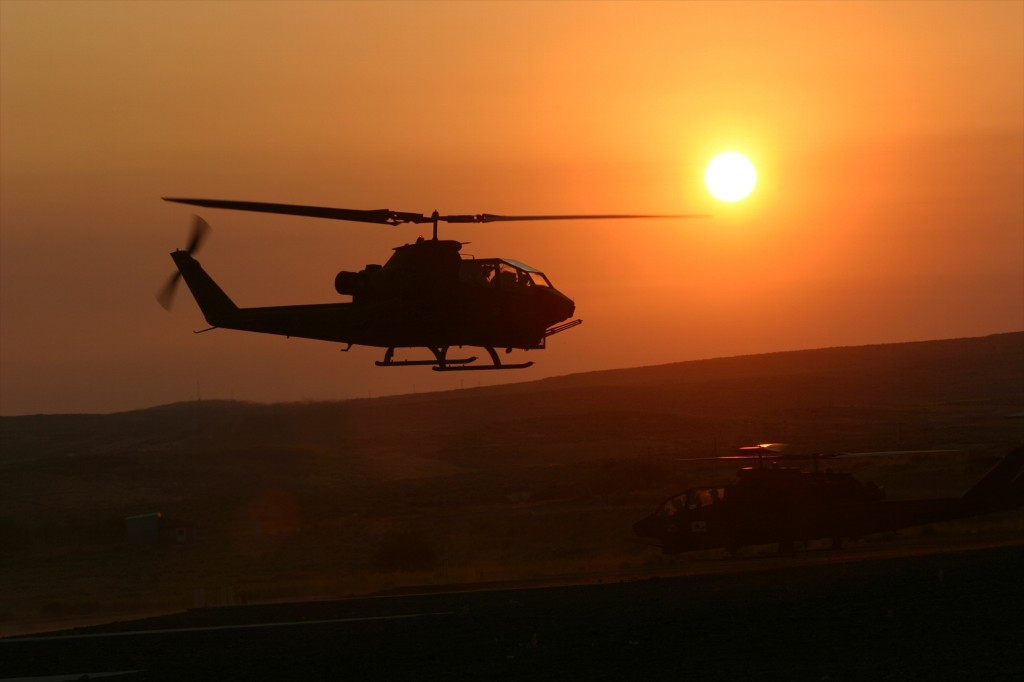 AH-1Simg_7635_R